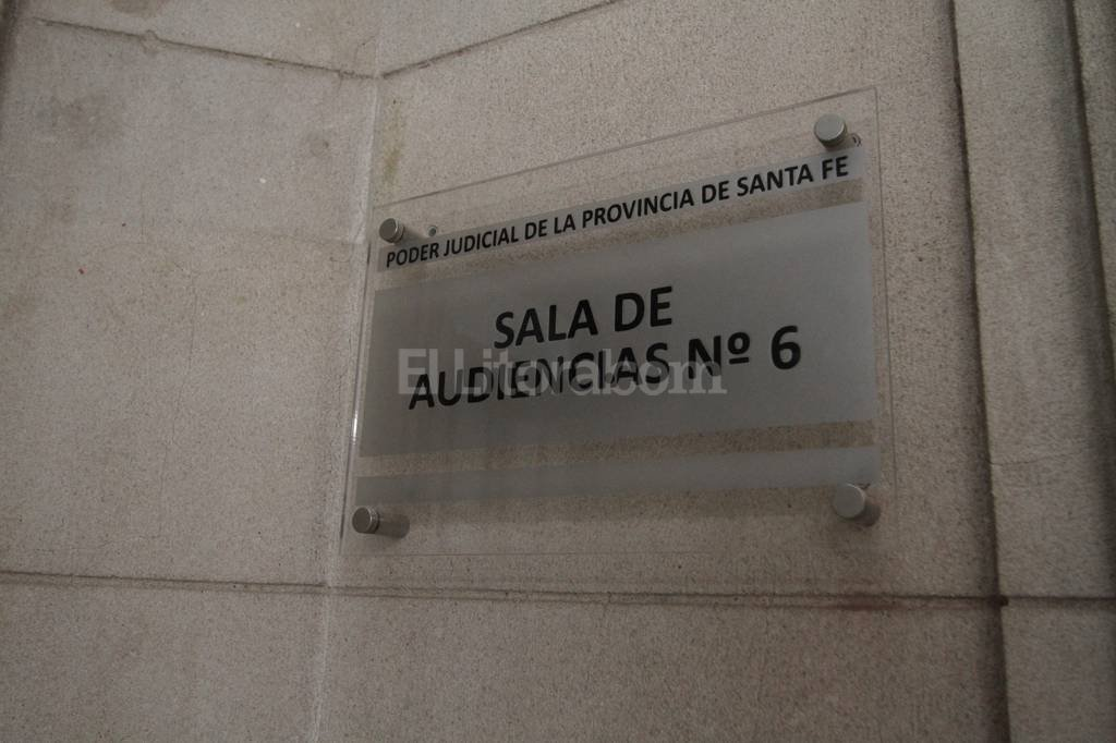 Ayer, los jueces escucharon los alegatos, mientras que los imputados guardaron silencio. Guillermo Di Salvatore