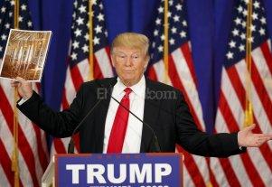 Cientos de personas protestan contra Trump