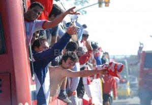 Los hinchas arrasaron con los pasajes para ver a Uni�n en Mar del Plata