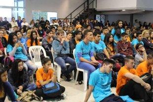 Unos 180 centros de estudiantes debatieron sobre la ley educativa