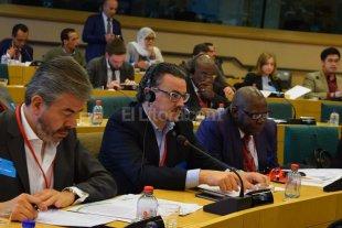 Galassi particip� de un encuentro mundial de parlamentarios progresistas