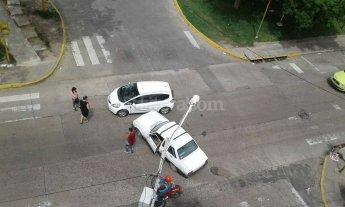 Otro choque en la esquina de Belgrano y Eva Per�n