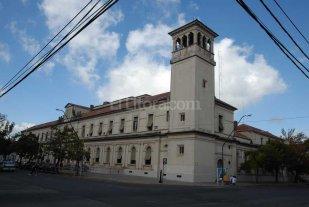 Buscan declarar monumento hist�rico nacional el edificio del Rectorado de la UNL
