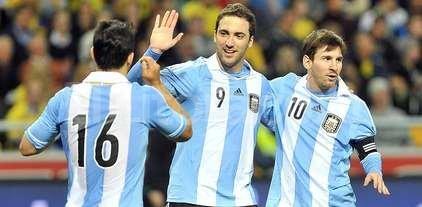 Messi, Ag�ero, Higua�n y Dybala nominados para el Bal�n de Oro 2016