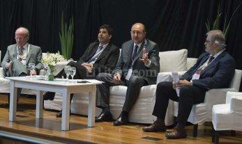 Perotti cerr� el segundo Seminario Federal de Ciencia