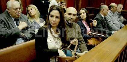 Fiscalía pidió 20 años de prisión para los imputados por el crimen de Serena - Los padres de Serena también se hicieron presentes para escuchar las posiciones de cada una de las partes.