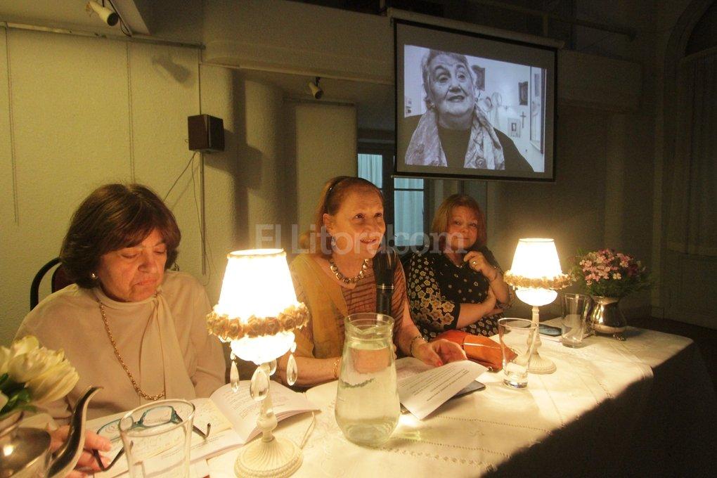 Gran cantidad de público se acercó para participar de un encuentro signado por la emoción. Manuel Fabatía