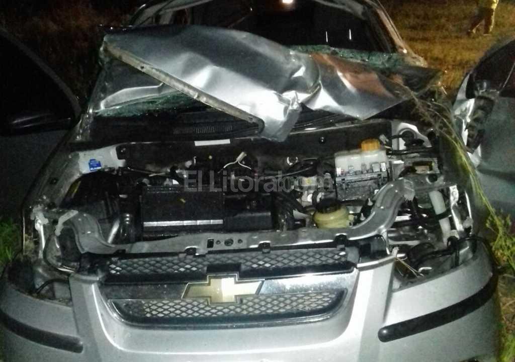 Un muerto al volcar el auto en la Autopista Rosario-Santa Fe