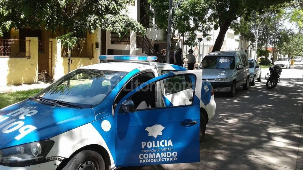 Agentes de la seccional 5ta. llegaron hasta el lugar y tomaron contacto con el damnificado. Danilo Chiapello