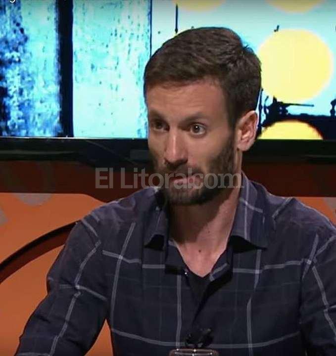 PERIODISTA Y ESCRITOR. Juan Ignacio Provéndola nació en 1982 en Villa Gesell y es Licenciado en Periodismo de la Universidad del Salvador. Escribió en Clarín, Noticias, Tiempo Argentino y Perfil, entre otros. Archivo
