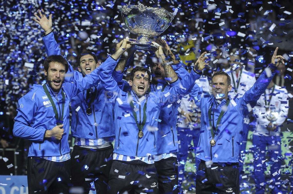 Equipo festeja campeón Copa Davis