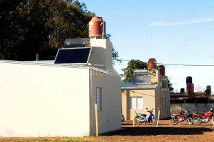 Presentan el proyecto para la provisión de calefones solares para Los Sin Techo -