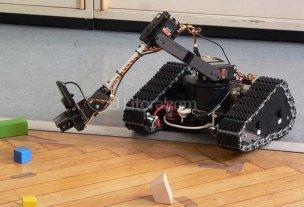 """Japón convoca una """"cumbre de los robots"""" en 2020"""