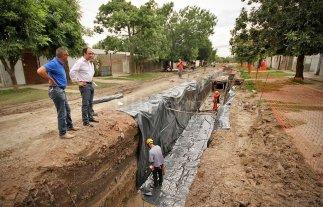 Plan Norte: Avanzan las obras de desagües en barrio Yapeyú