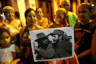Caravana de Fidel Castro hace el último tramo de recorrido por Cuba