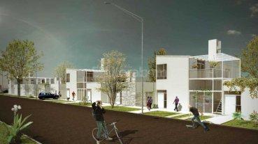 Corral recorre la obra de viviendas en Nueva Esperanza Este