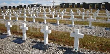 Negociaciones para identificar a los soldados argentinos NN enterrados en Malvinas -