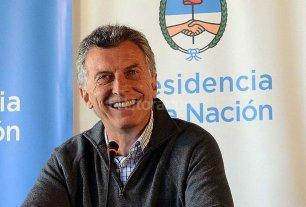 Macri reinaugura el aeropuerto internacional de Mendoza