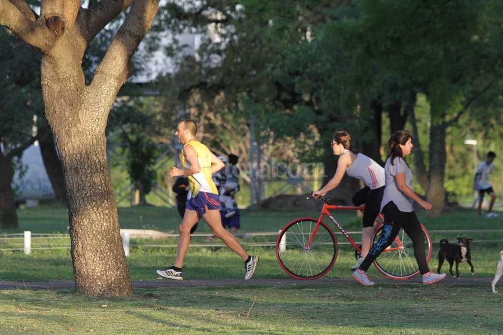 Nación invertirá $ 2 millones para equipar el Parque Federal - Los santafesinos disfrutan de un espacio de 22 hectáreas ubicado en el centro de la ciudad. -