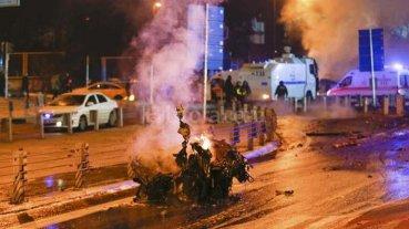 Son 38 los muertos por atentados en Estambul -  -