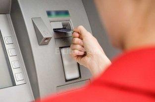 Continúa el cronograma de pagos a los empleados públicos