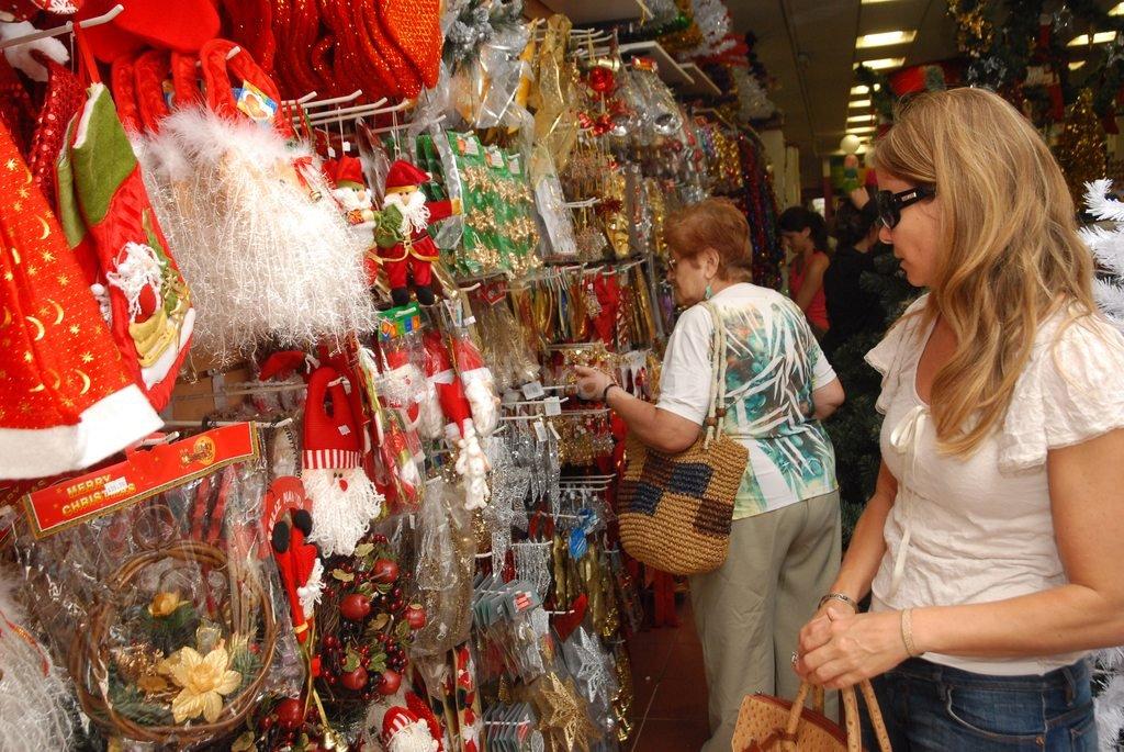 Santa Fe, a contramano. Un relevamiento de Came indica que a nivel nacional las ventas por Nochebuena fueron un 2,1 % más bajas que el año pasado. Crédito: Mauricio Garín