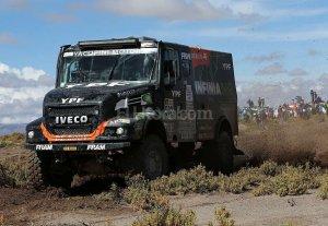 Loeb retomó el liderazgo y Villagra fue 2º en camiones