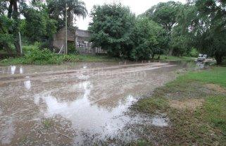 En los barrios de la Costa sigue el agua acumulada