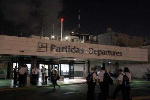 Evacuaron Aeroparque por incendio en el hall