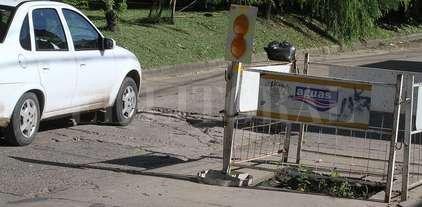 Vélez Sarsfield: 12 cuadras de baches, corralitos y hundimientos -