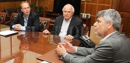 Lifschitz: negociaciones directas con la Nación -  -