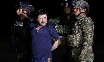 """""""El Chapo"""" Guzmán fue extraditado de México a los Estados Unidos"""