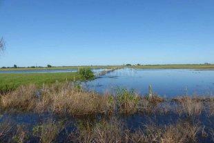 Entregaron fondos a localidades afectadas por la emergencia hídrica