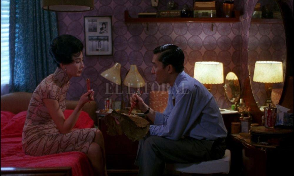 """""""Con ánimo de amar"""" (Hong Kong, 2000) cuenta una trama ambientada en Hong Kong en 1962, escrita y dirigida por Wong Kar-wai, con las interpretaciones de Maggie Cheung y Tony Leung Chiu Wai. Gentileza Prensa Municipalidad"""