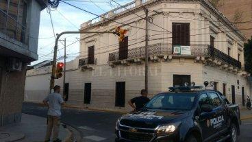 Desmoronamiento en la fachada del Archivo Histórico provincial