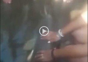 """Video: turistas """"cholulos"""" dejaron morir a un delfín"""