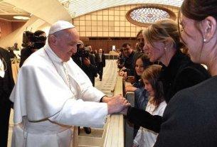 Las hijas de Nisman fueron recibidas por el Papa