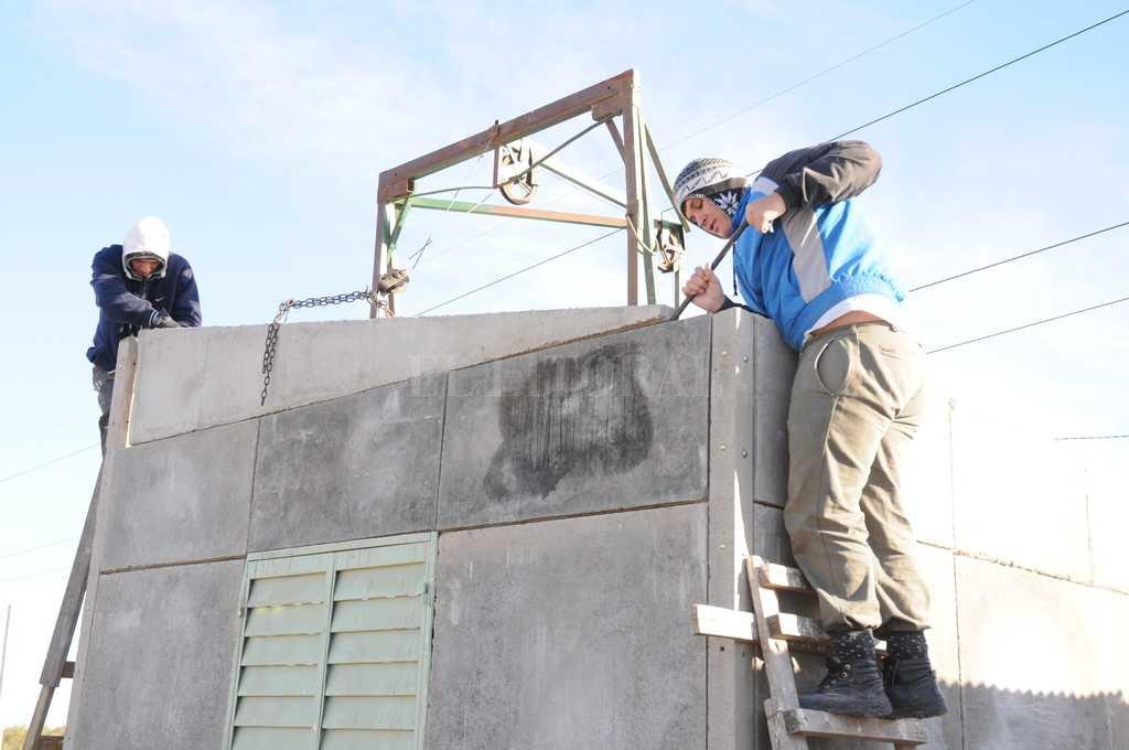 Primera medida de González Fraga: Nación lanza crédito para construir casa propia