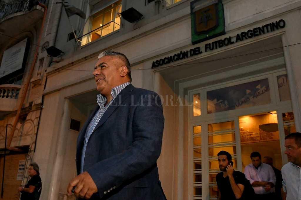 Tapia encabeza la liga de dirigentes del ascenso Crédito: Télam
