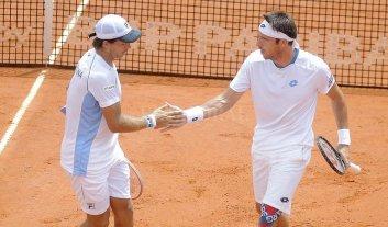Argentina sigue con vida en la Copa Davis