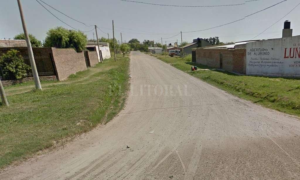 Calle Alvear en su intersección con French, en la zona donde se produjo el ataque, en el norte de la ciudad. <strong>Foto:</strong> Captura digital Google Maps Street View