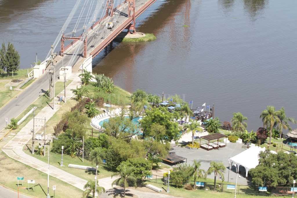 El hecho que se investiga habría ocurrido cerca del Puente Colgante, del lado de la Costanera Este.  <strong>Foto:</strong> Archivo El Litoral