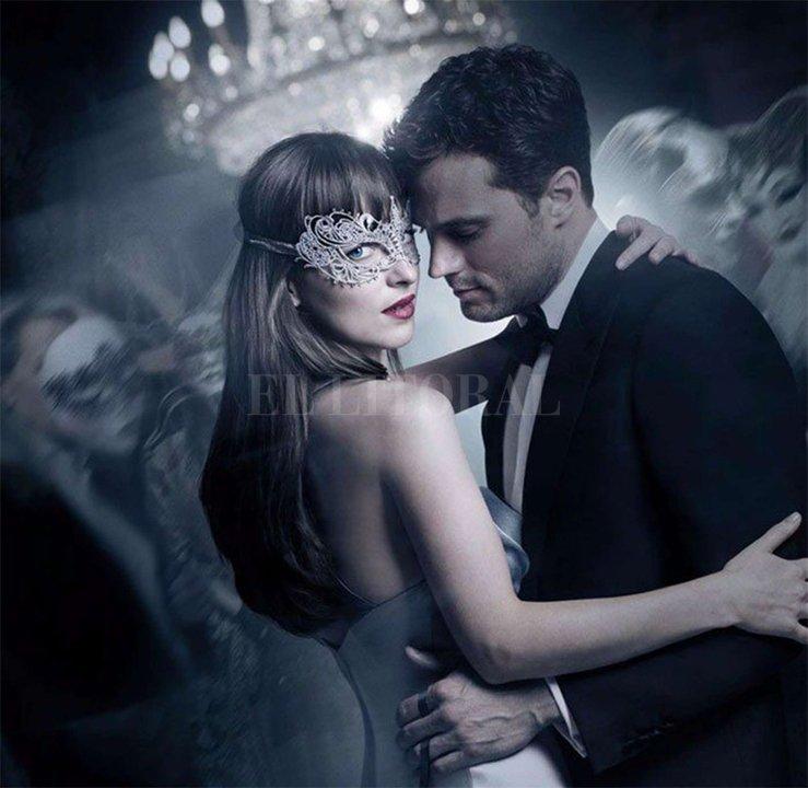 """En """"Cincuenta sombras más oscuras"""", Christian Grey (Jamie Dornan) lucha con sus demonios internos y Anastasia (Dakota Johnson) debe enfrentar el enojo y la envidia de las mujeres que estuvieron con el millonario en el pasado. <strong>Foto:</strong> UIP"""
