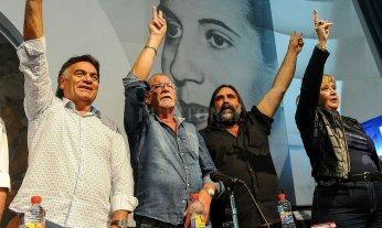 Gremios docentes se agruparon para exigir al gobierno una paritaria nacional