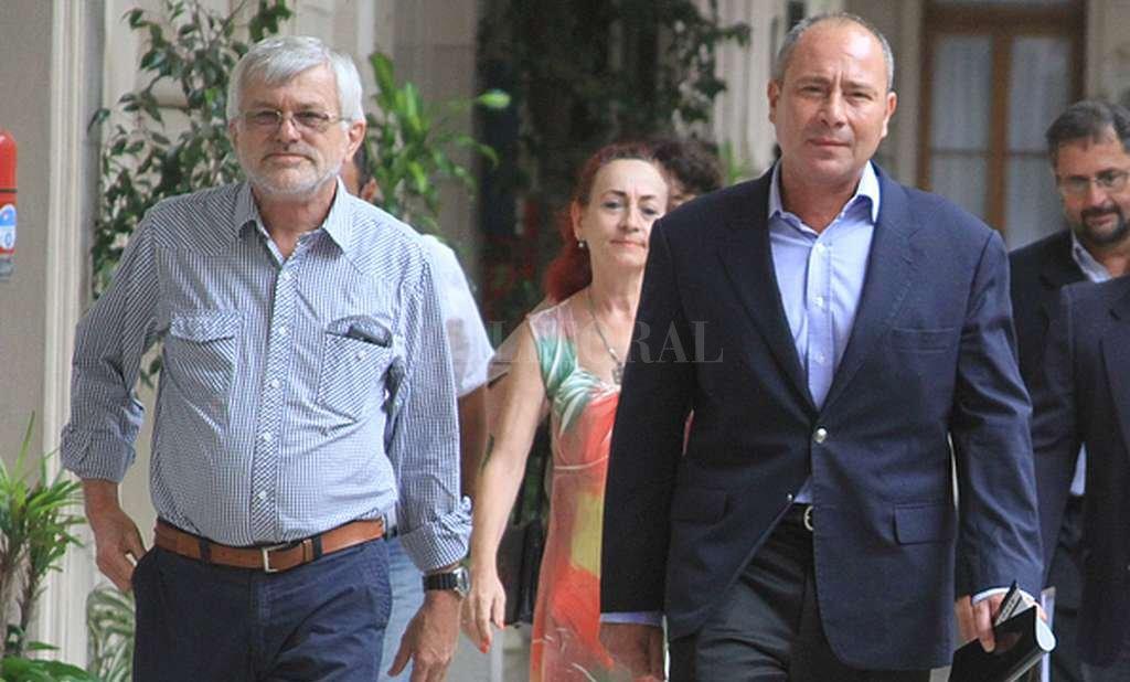 Jorge Hoffmann y Jorge Molina, secretarios generales de ATE y UPCN, respectivamente. <strong>Foto:</strong> Archivo El Litoral