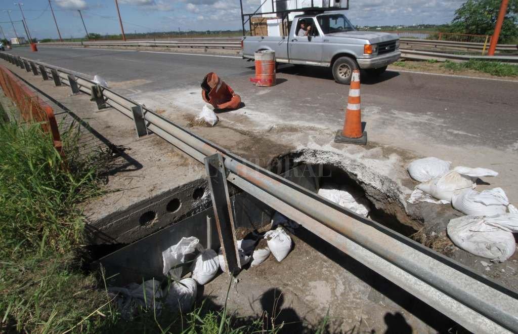 Socavón I. Este problema está en la superficie y quedará reparado en los próximos días. <strong>Foto:</strong> Mauricio Garín