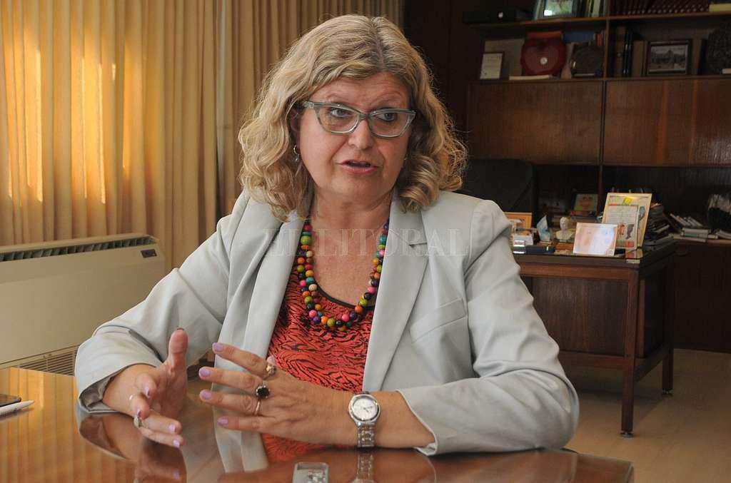 Claudia Balagué, ministra de Educación de la provincia. <strong>Foto:</strong> Archivo El Litoral / Flavio Raina