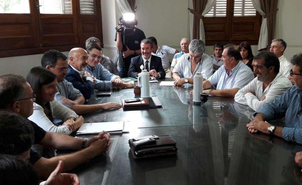 Encuentro realizado este jueves en Casa de Gobierno. <strong>Foto:</strong> Gentileza Prensa Festram