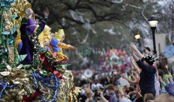 Río de Janeiro celebra la llegada del Carnaval
