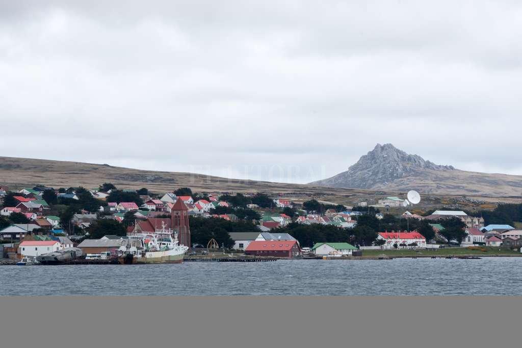 En Puerto Stanley (Puerto Argentino) se concentra más del 70% de la población de las islas. <strong>Foto:</strong> Archivo El Litoral